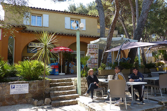 Camping 3 olbia hy res nature authentique et paisible camping olbia - Restaurant hyeres bord de mer ...