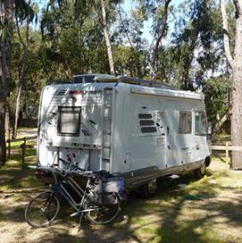 location de vacances giens mobile home et emplacements camping 4. Black Bedroom Furniture Sets. Home Design Ideas