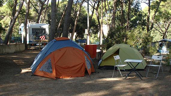 Collegamento elettrico per il campeggio